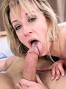 Amateur anal sex lover Jamie Rae sucks cock